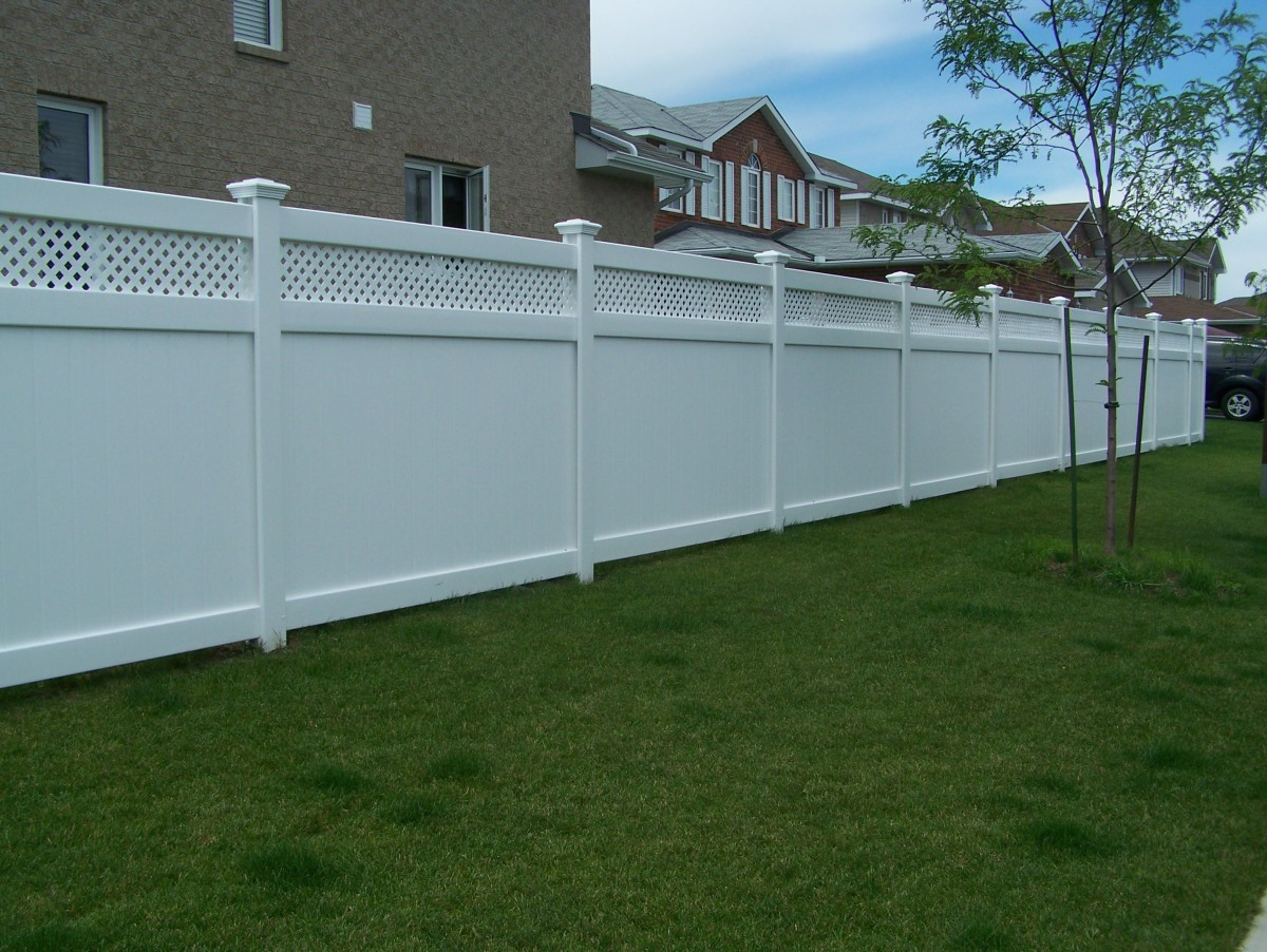 Tuf Fence Vinyl Fence Built To Withstand Harsh Winter